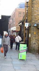 Eingang - oder Ausgang - der Camden Passage