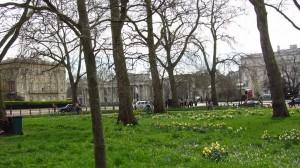 Blick vom Park zum Eingangsbereich - Hyde Park Corner